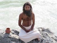 swamiji en méditation 1